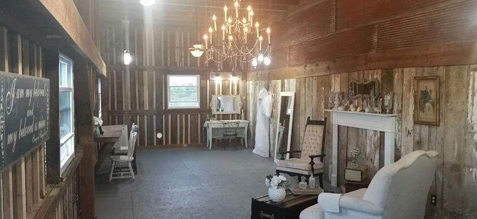 Our cozy cottage-style bridal room is perfect for bridal parties to relax and touch-up before the wedding.